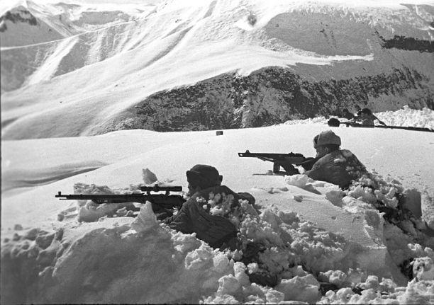 9 октября объявлено Днём разгрома советскими войсками немецко-фашистских войск в битве за Кавказ