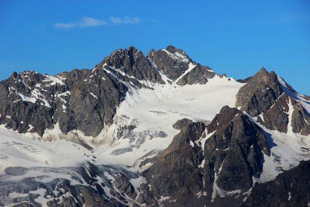 Массовое восхождение на Эльбрус в честь 75-летия Победы состоится в августе